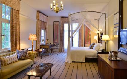 Deluxe Suite im Victoria Falls Hotel in Simbabwe