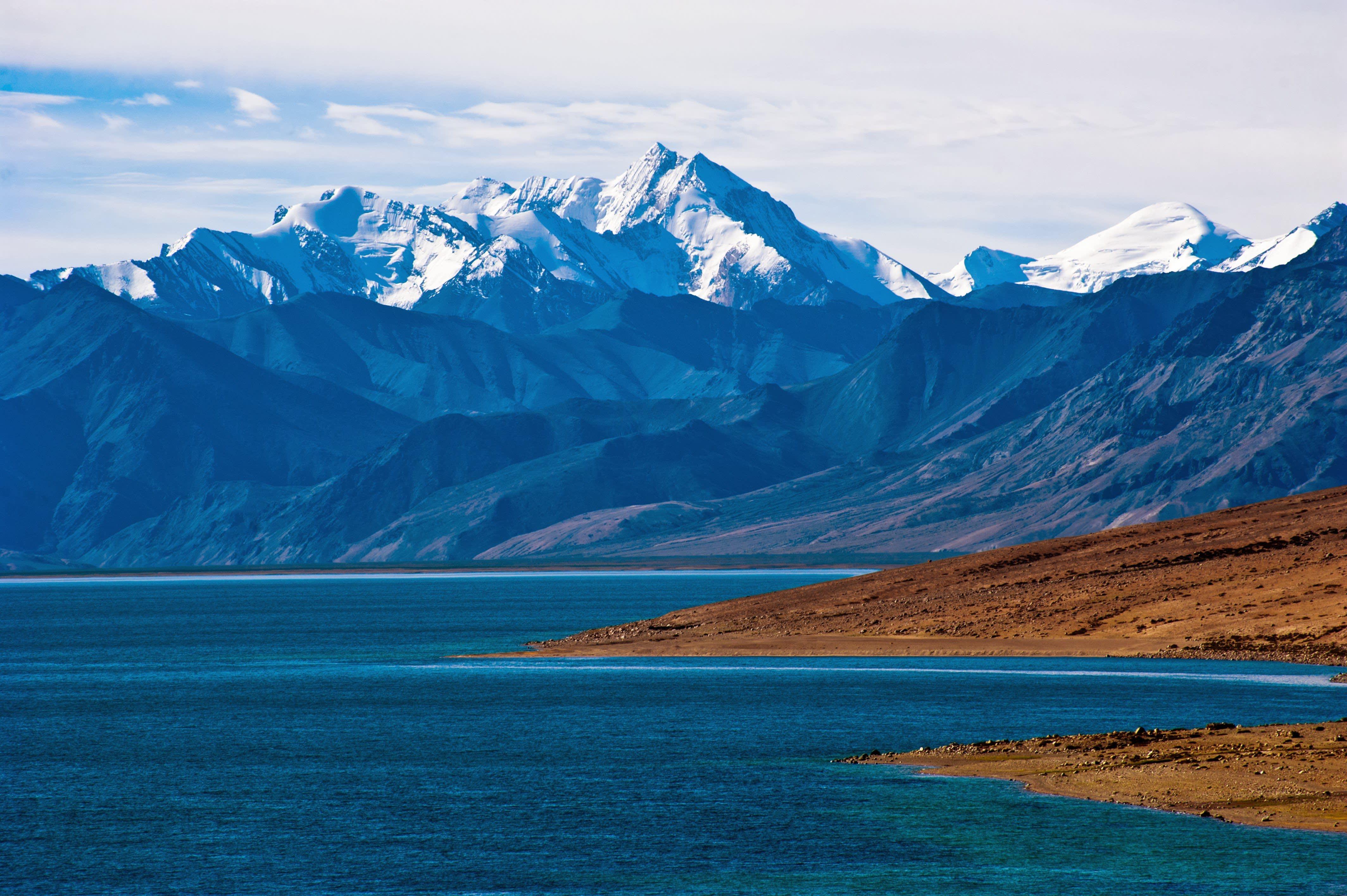 Eindrucksvolles Panorama der Himalaya Berge