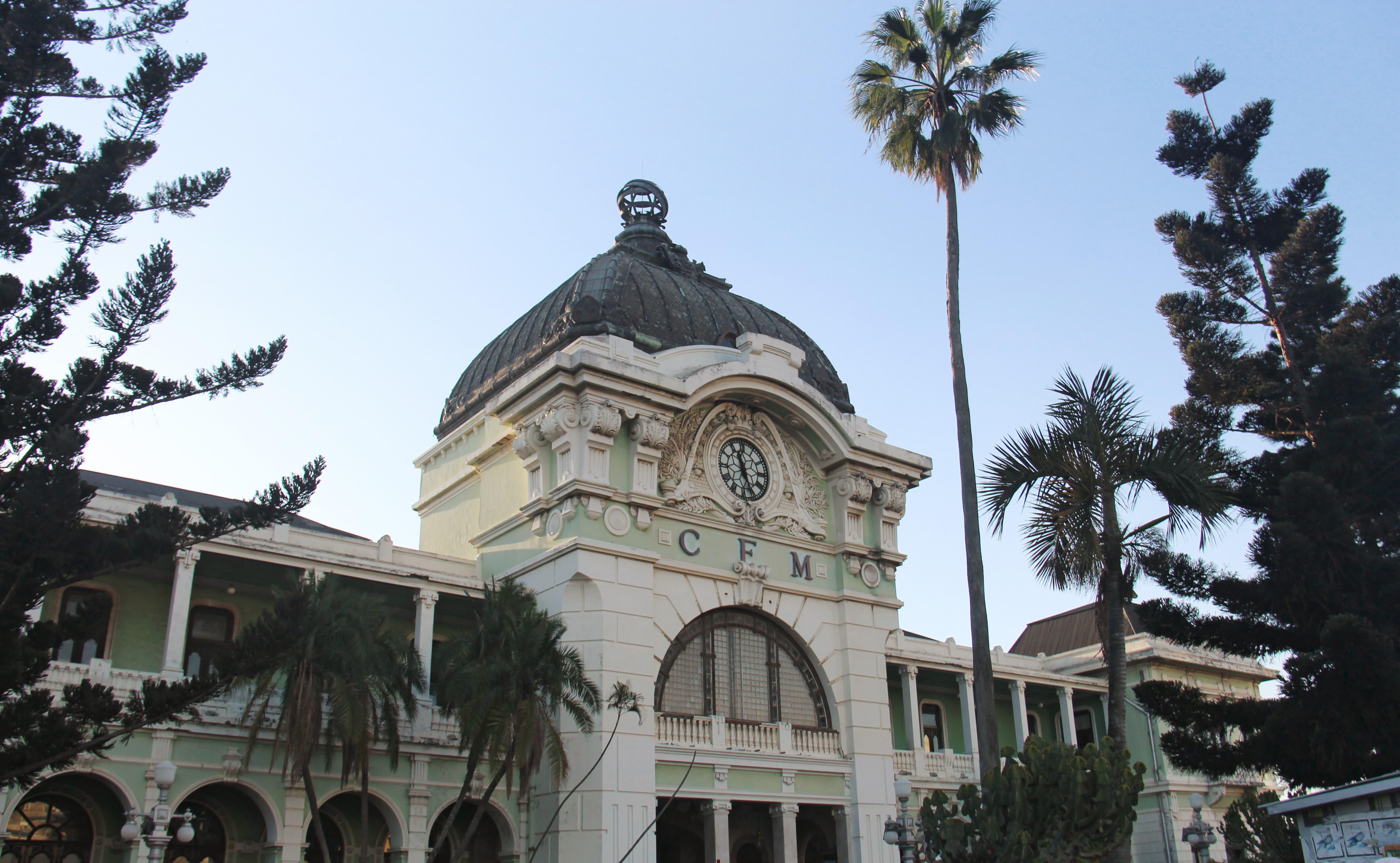 Der von Eiffel entworfene Bahnhof in Maputo - eine der wichtigsten Mosambik Sehenswürdigkeiten