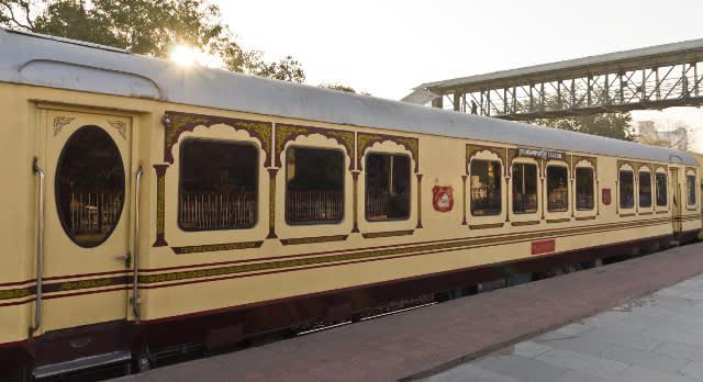 Zug in Indien