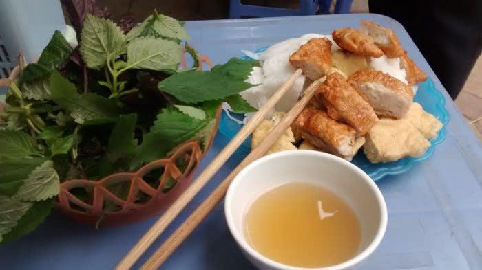 Ein köstlicher Teller Bun Cha - ein typisches Vietnam Essen