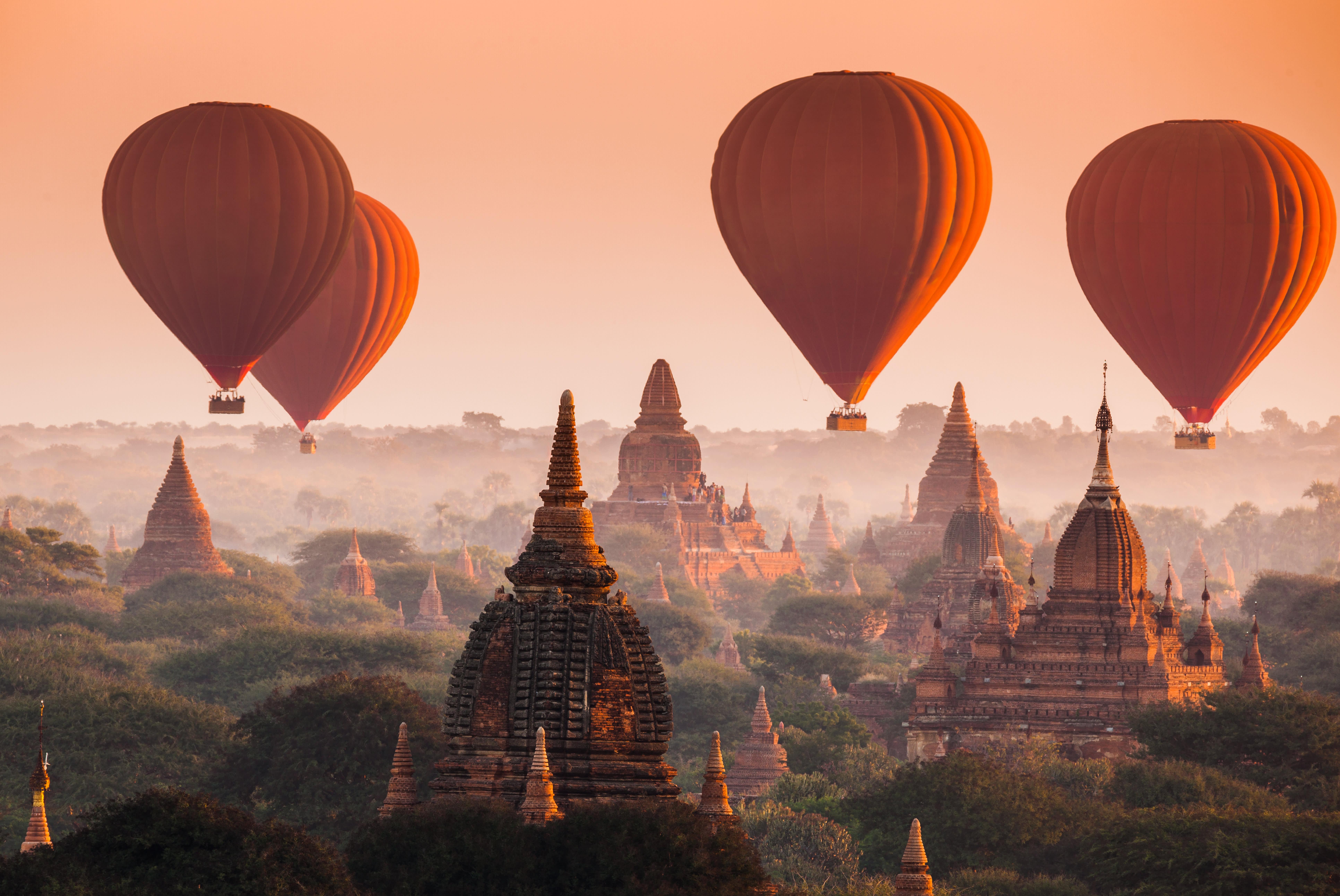Hoch hinaus mit dem Heißluftballon in Myanmar