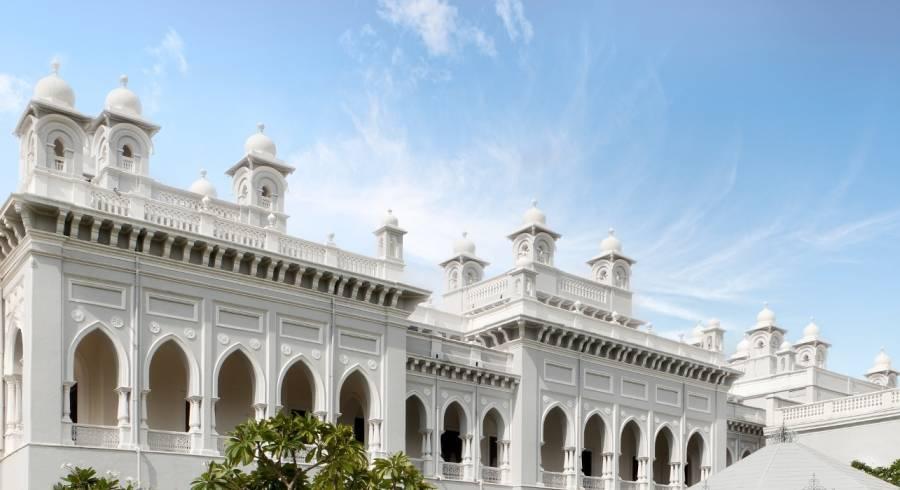 Eines der schönsten Indien Heritage Hotels: Taj Falaknuma Palace in Hyderabad (Außenansicht)