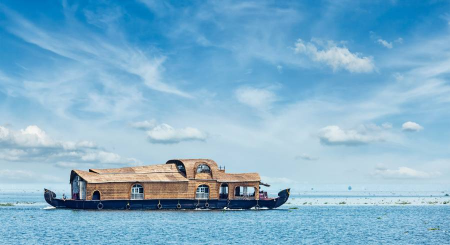 Houseboat cruise on the Vembanad Lake