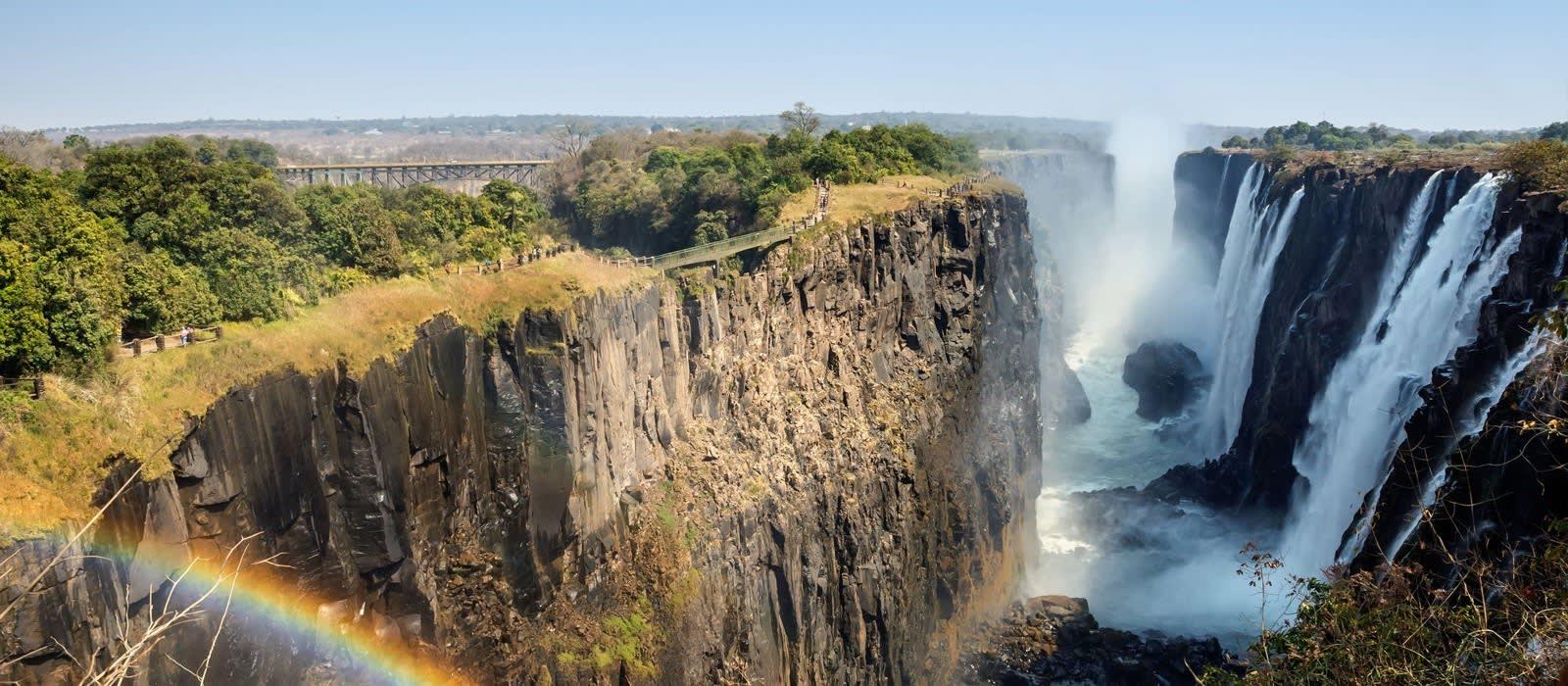 Zambia: Victoria Falls and Safari Highlights Tour Trip 1