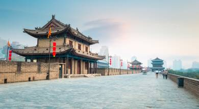 Example private tour: Imperial Cities, Tibet & Yangtze River Cruise