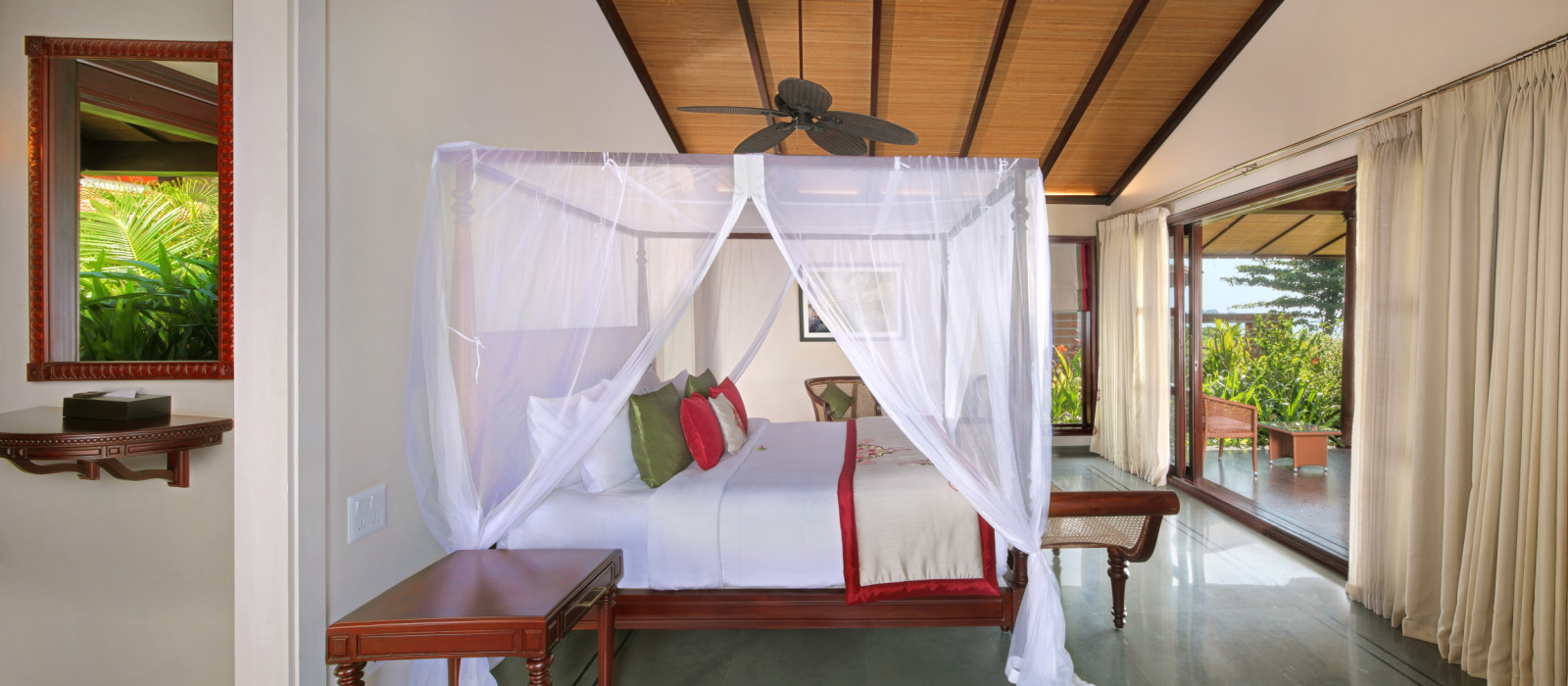Hotel Niraamaya Retreats Backwater & Beyond Südindien