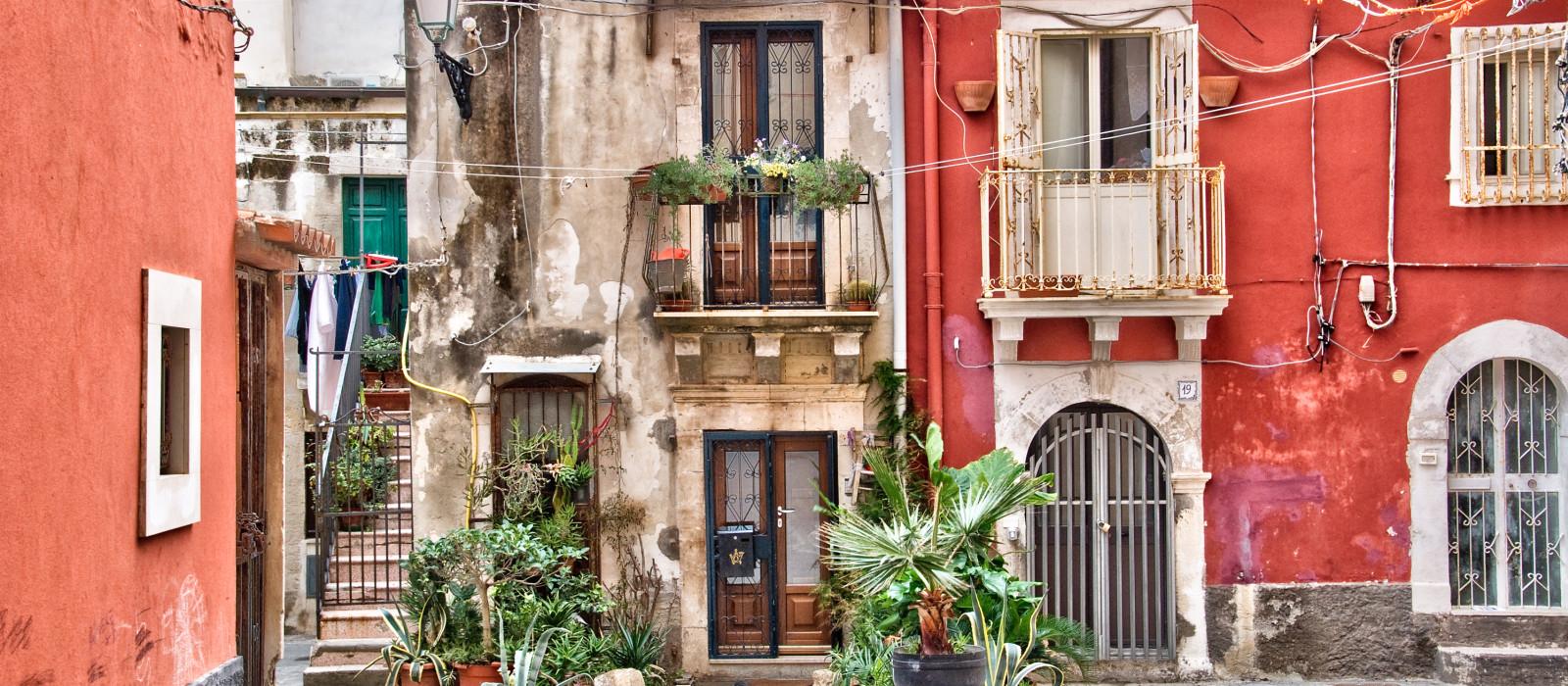Destination Syracuse Italy