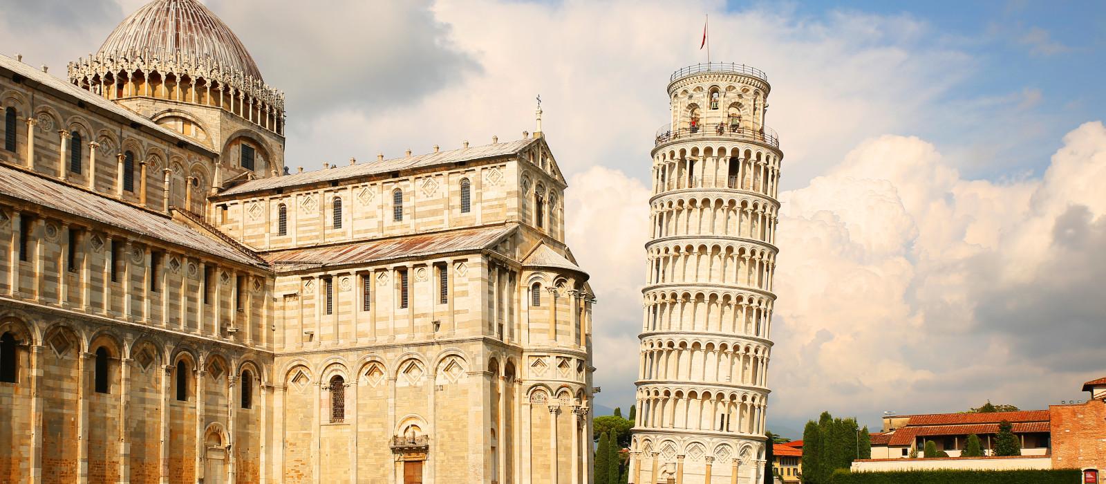 Destination Pisa Italy