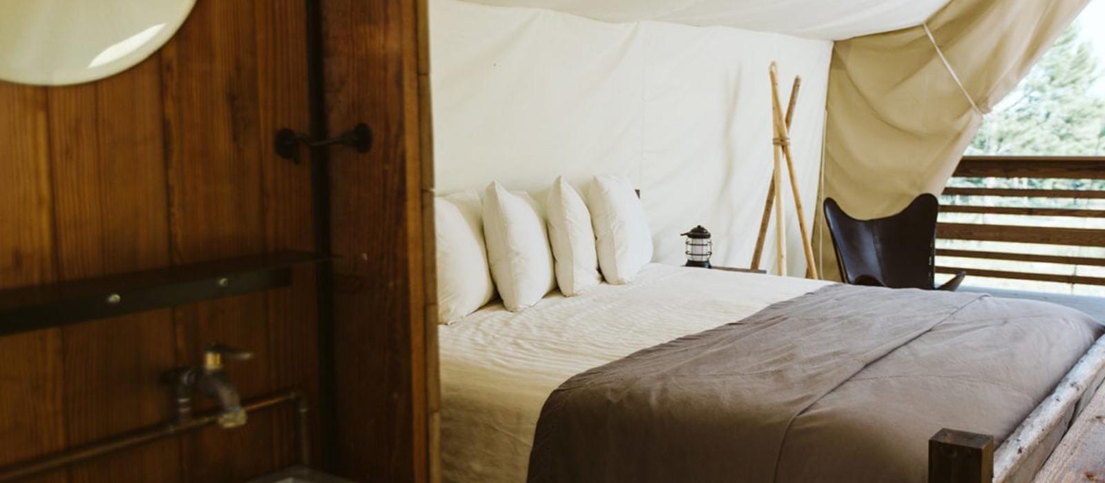 Hotel Under Canvas – Mount Rushmore %region%