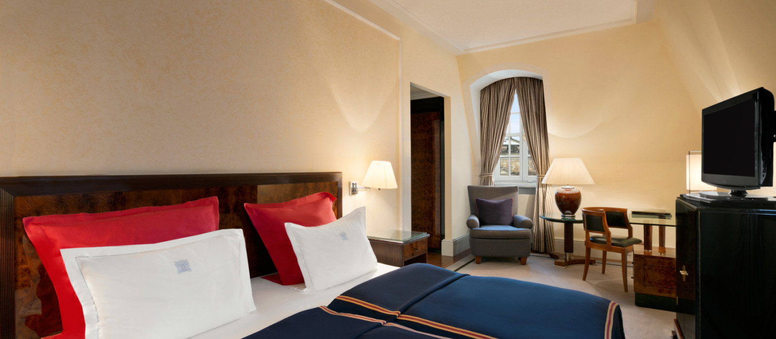 Hotel  Taschenbergpalais Kempinski Dresden Germany