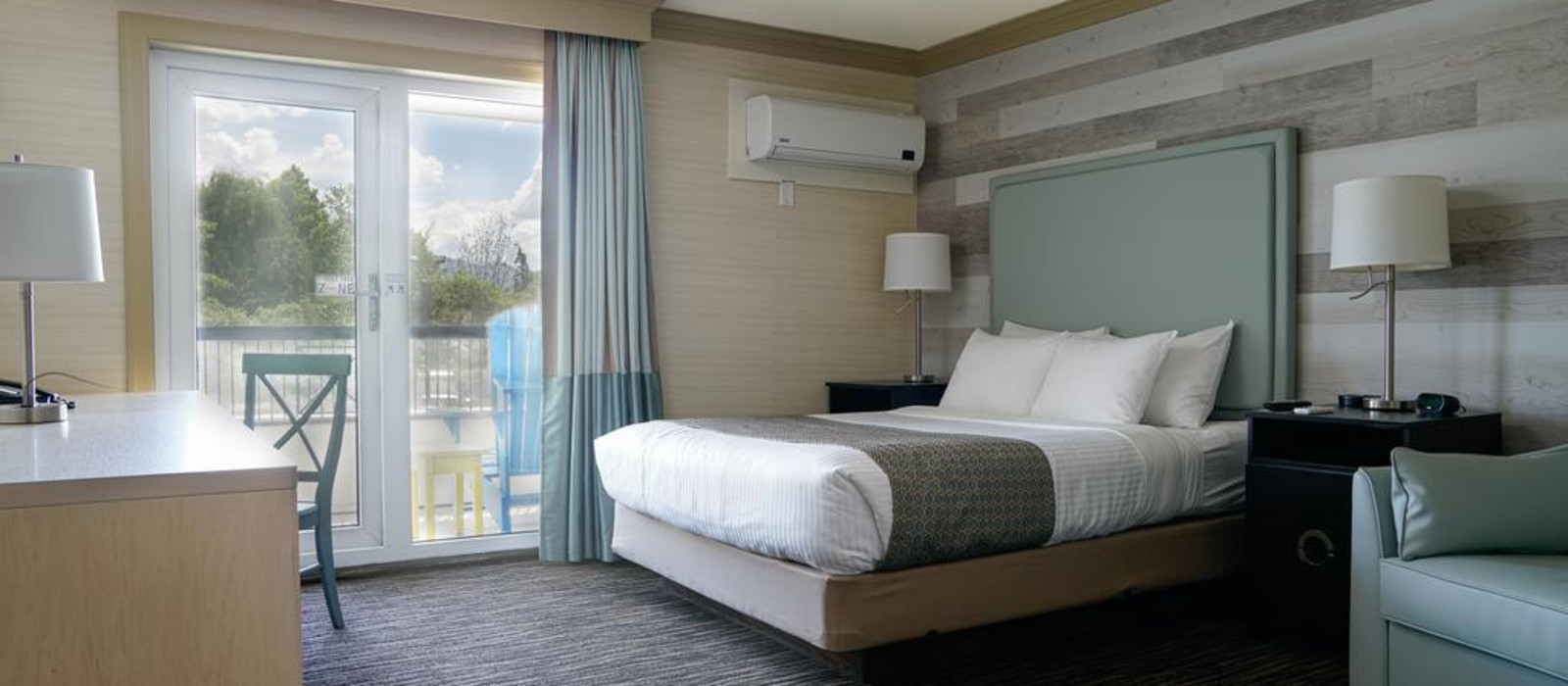 Hotel Prestige Beach House Canada