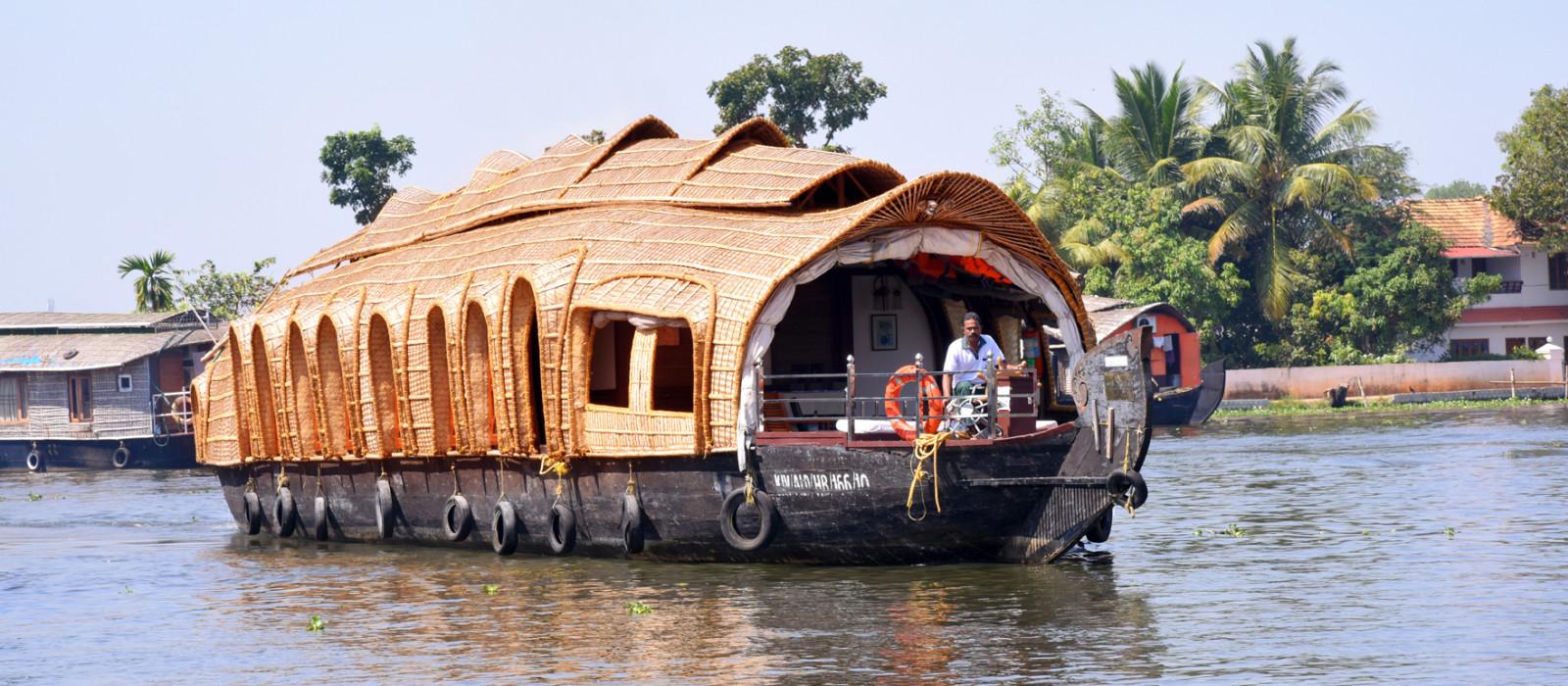 Hotel Evergreen Hausboat Südindien