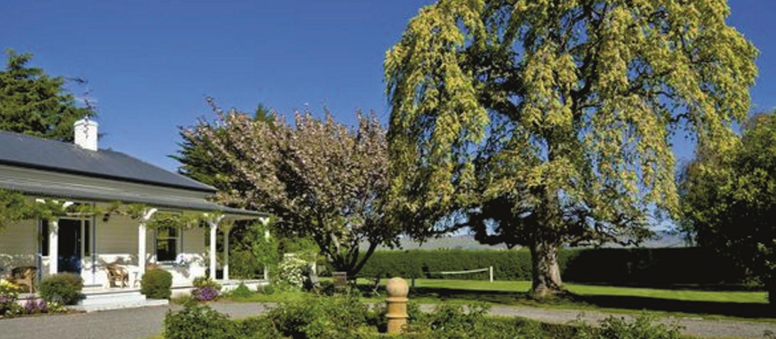 Hotel St Leonards Vineyard Cottages New Zealand