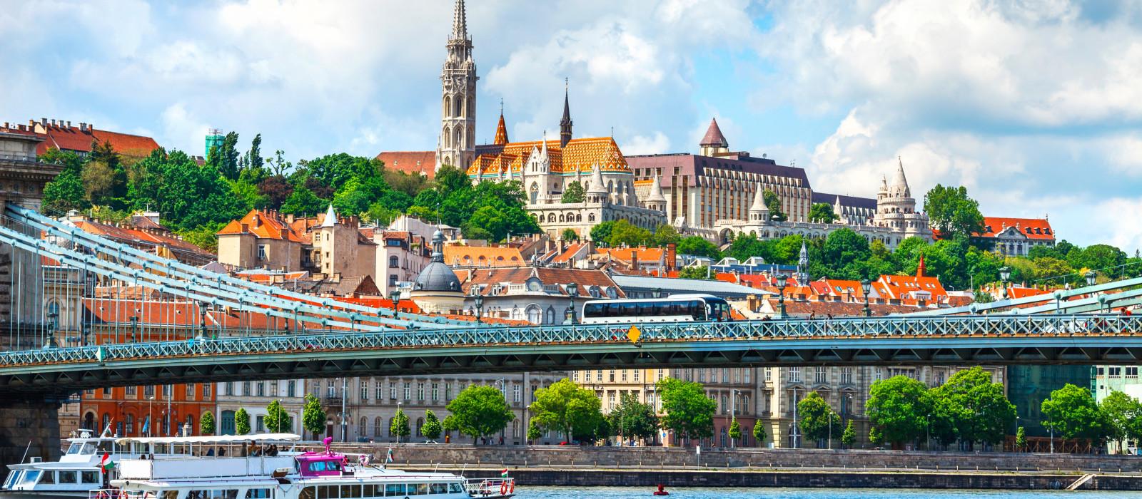 Destination Budapest European Cities