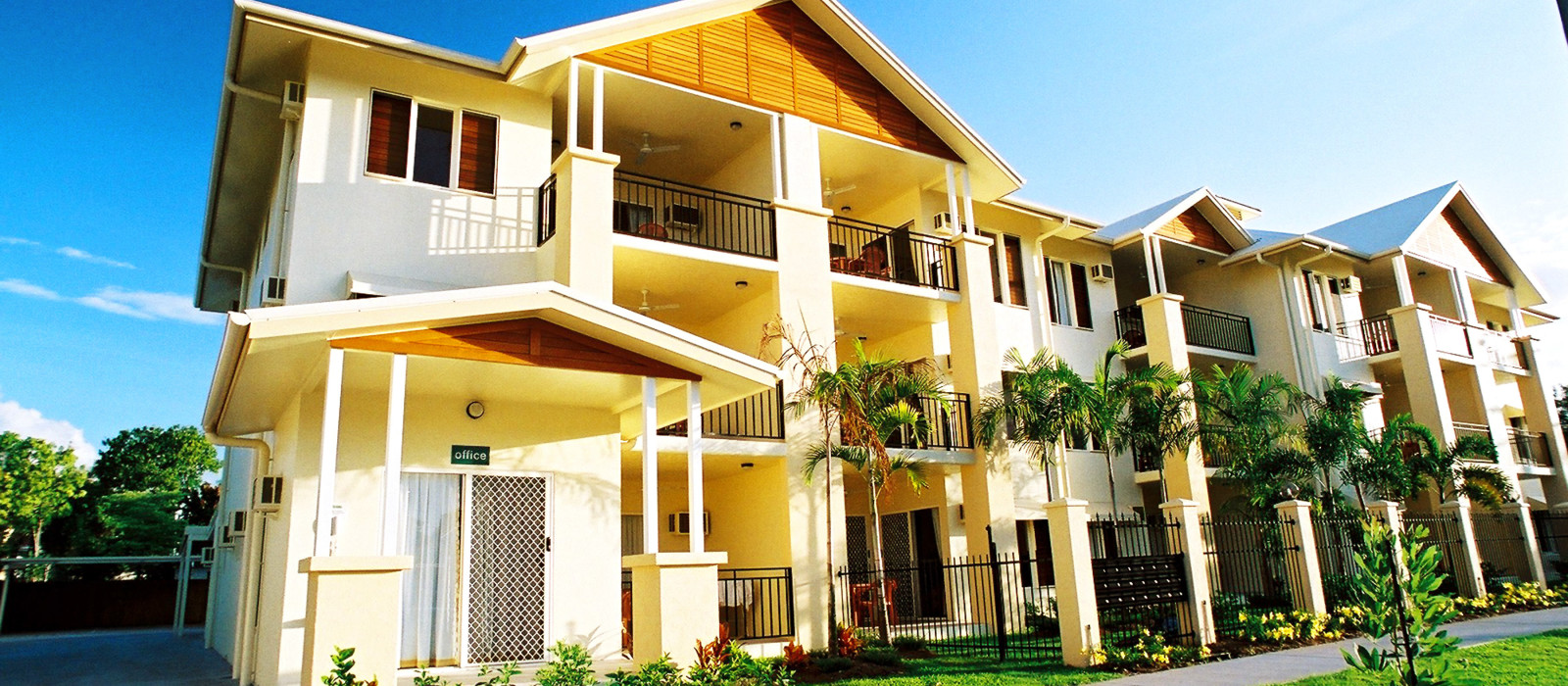 Hotel Bay Village Tropical Retreat Australien