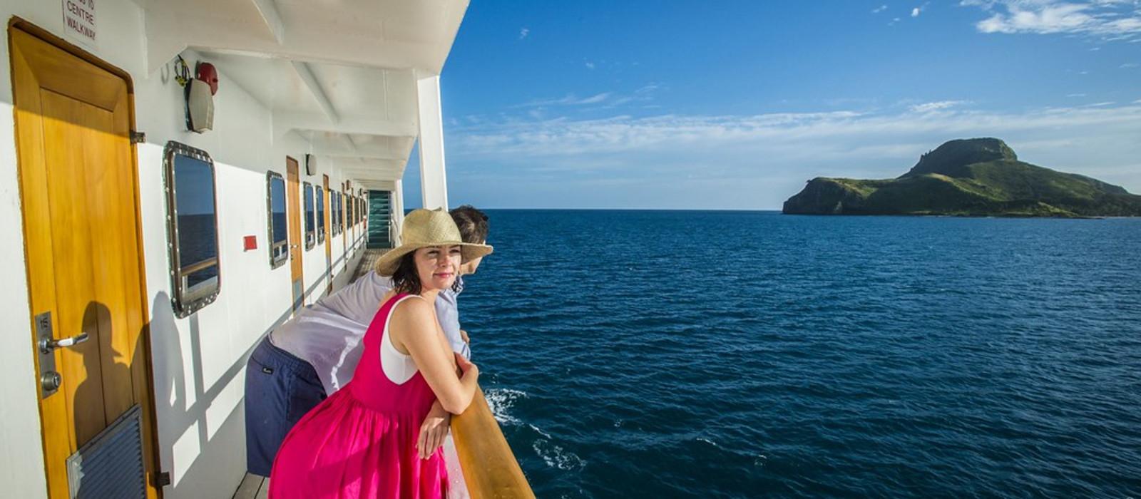 Hotel Captain Cook Cruises: MV Reef Endeavour Kreuzfahrt Fidschi