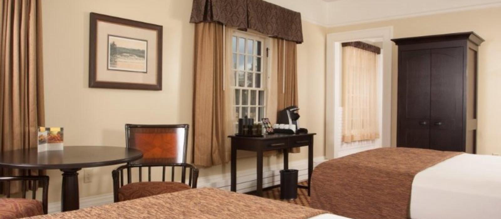 Hotel Lake Yellowstone  and Cabins USA