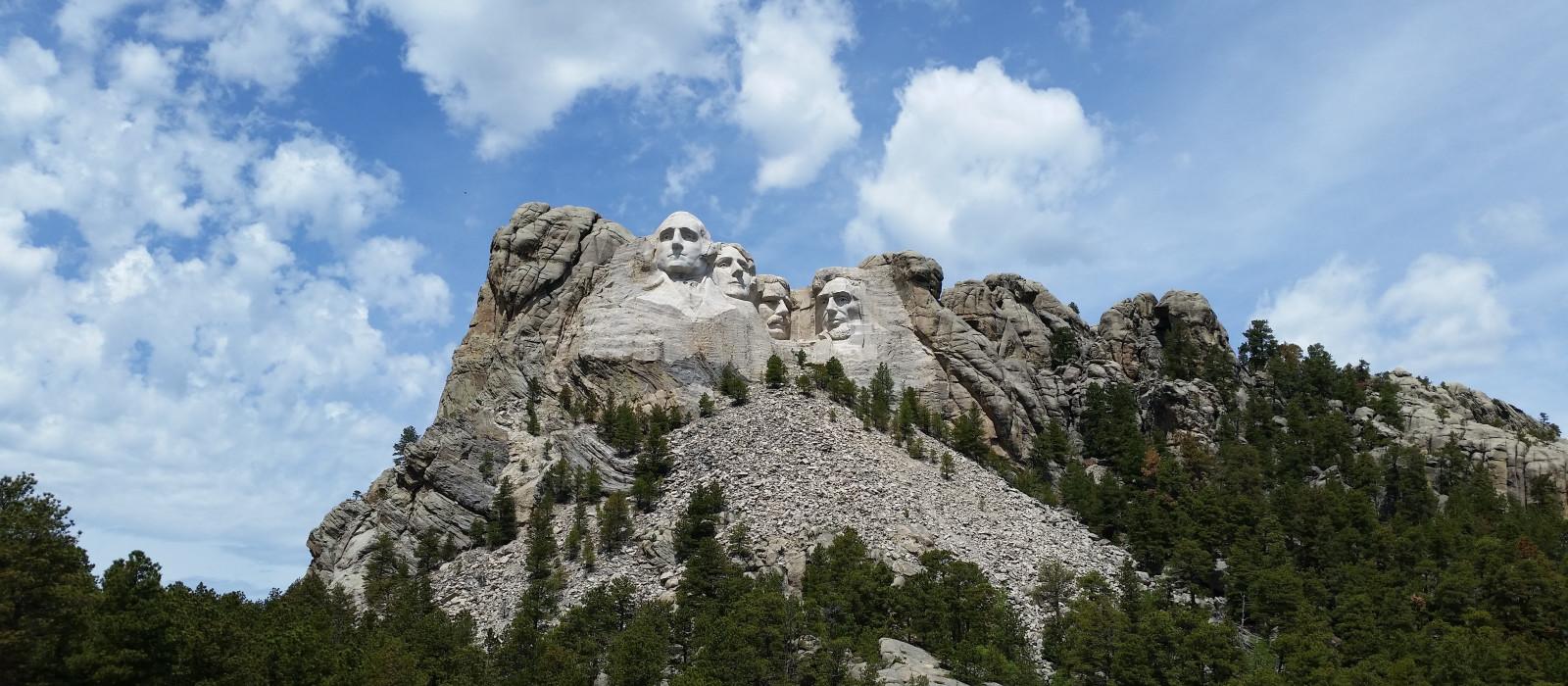 Destination Custer USA