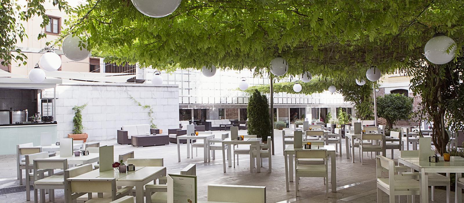 Hotel  Hospes Palacio de los Patos Spain