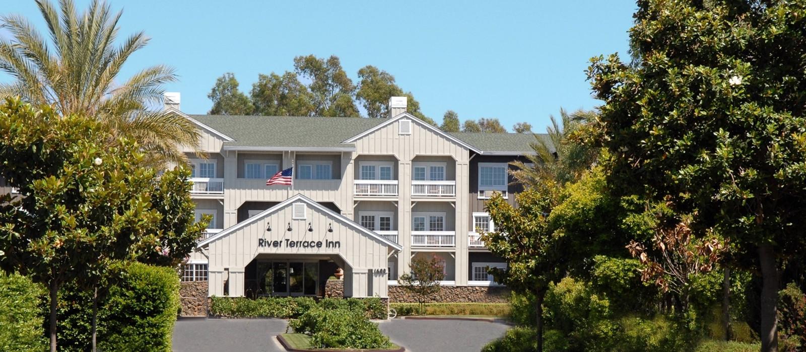 Hotel River Terrace Inn %region%