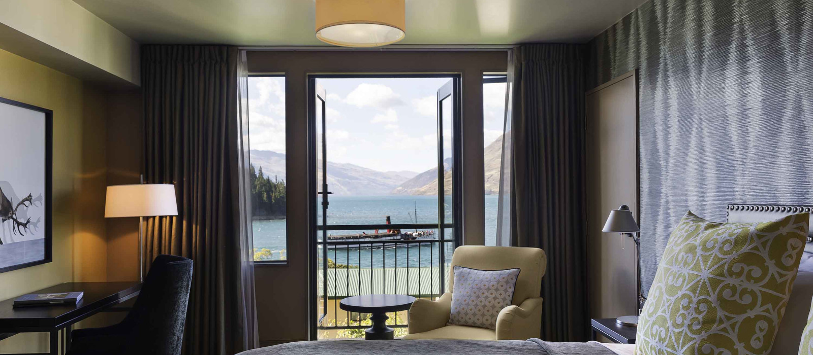 Hotel  St Moritz Queenstown New Zealand