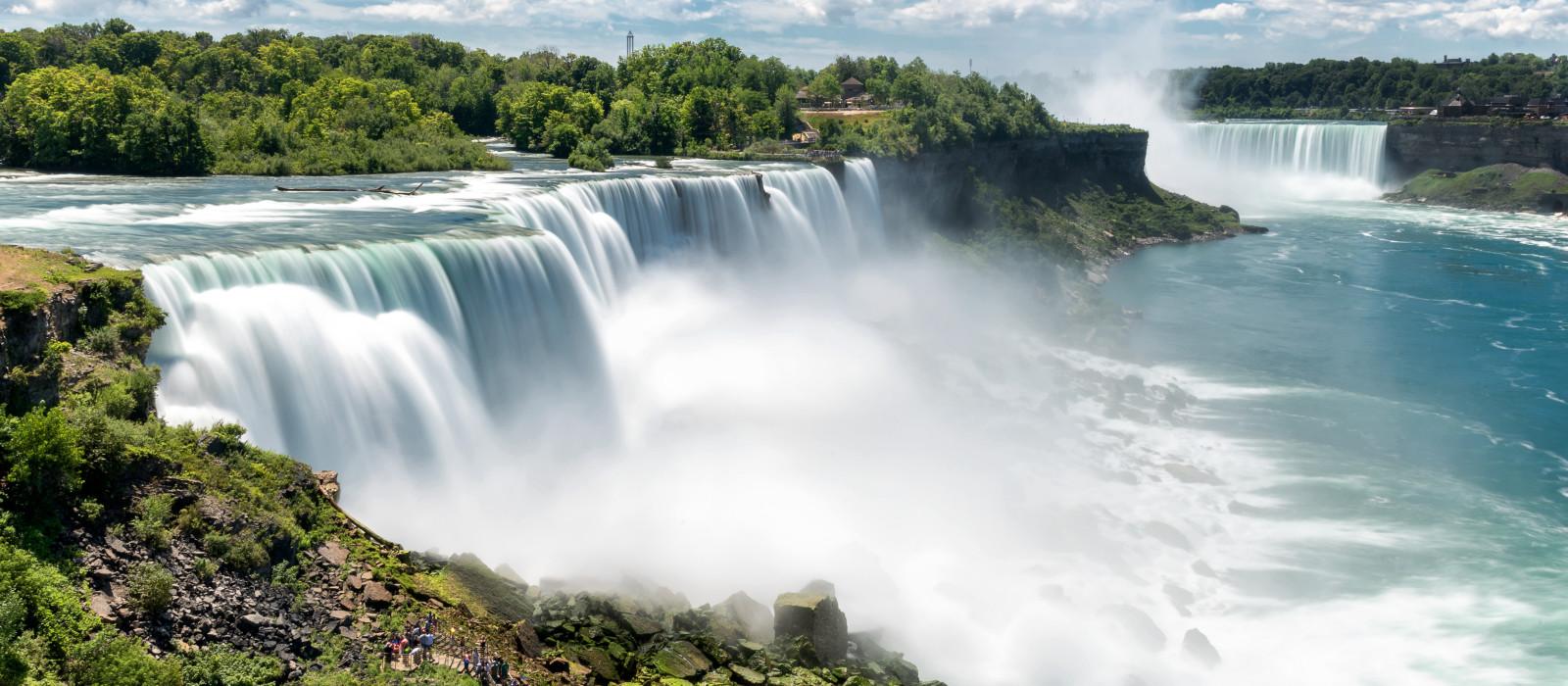 Destination Niagara Falls Canada