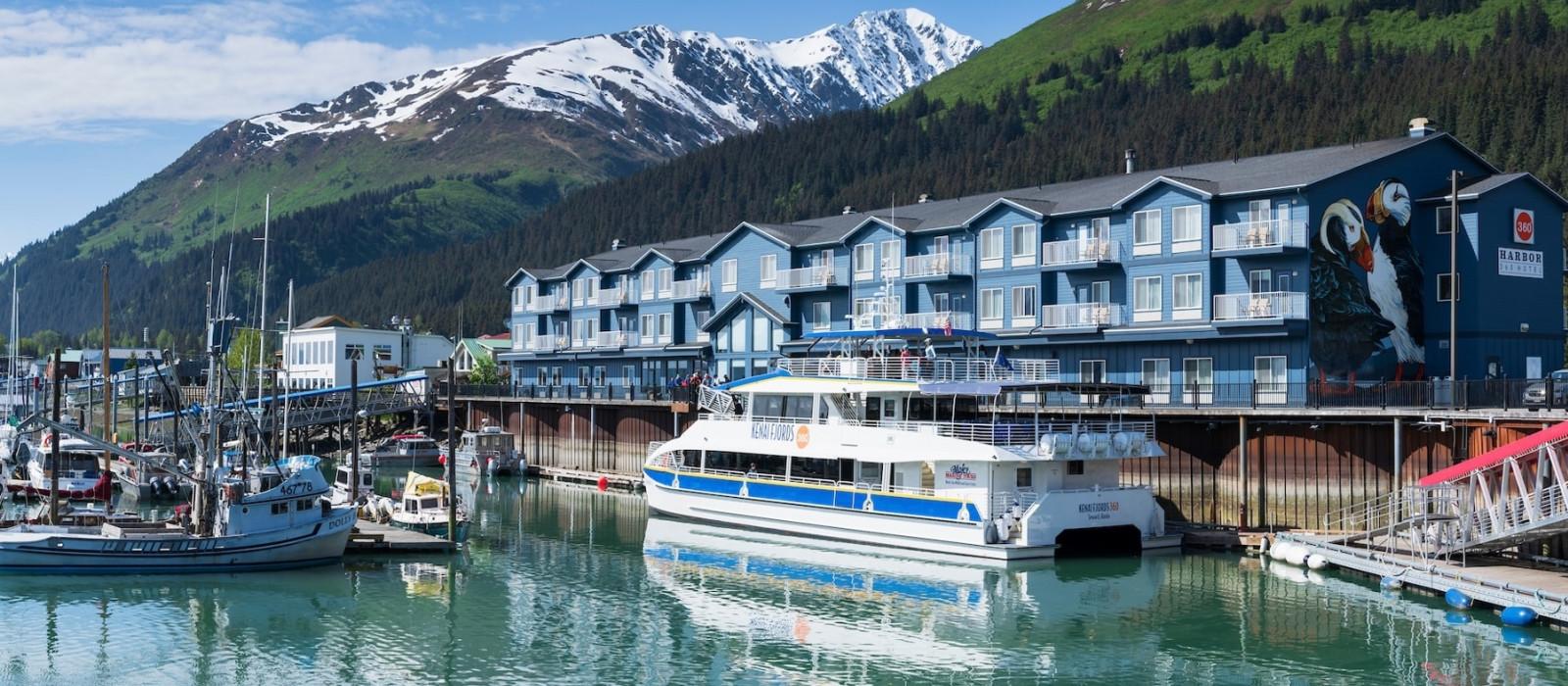 Hotel Harbor 360  Alaska