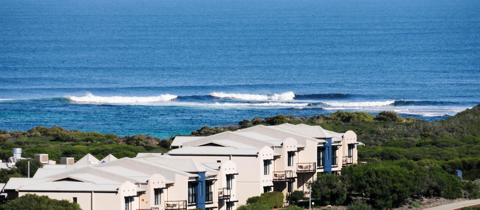 Hotel Margarets Beach Resort Australia