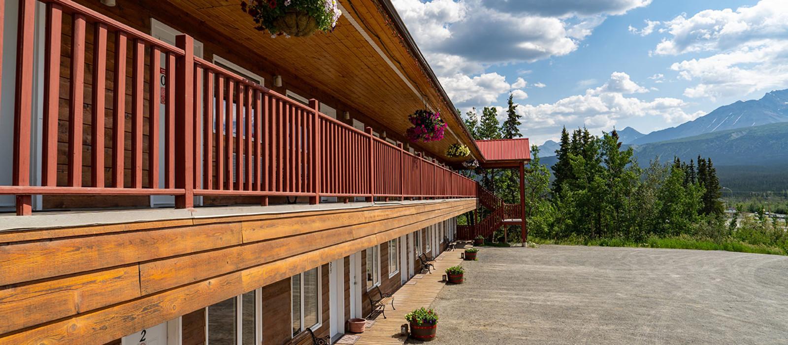 Hotel Alcan Motor Inn Canada