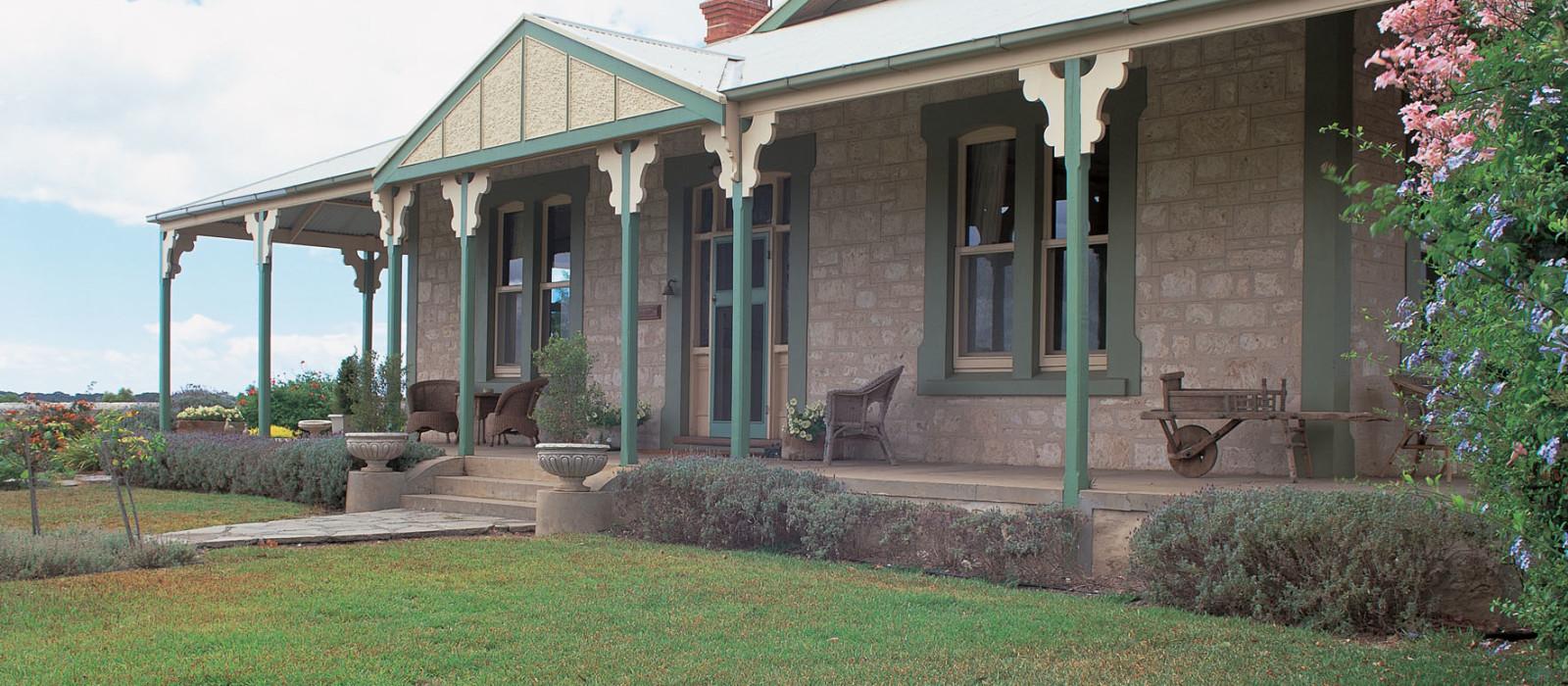 Hotel Stranraer Homestead Traditional B & B Australia