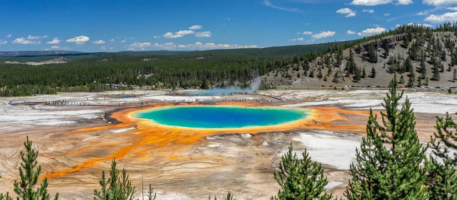 Destination Yellowstone National Park USA