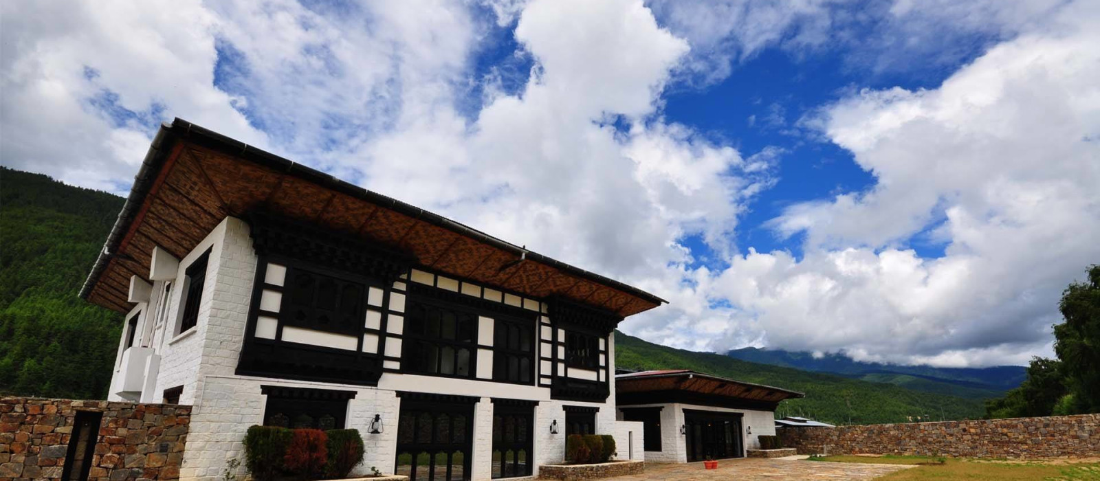 Hotel The Village Lodge, Bumthang Bhutan