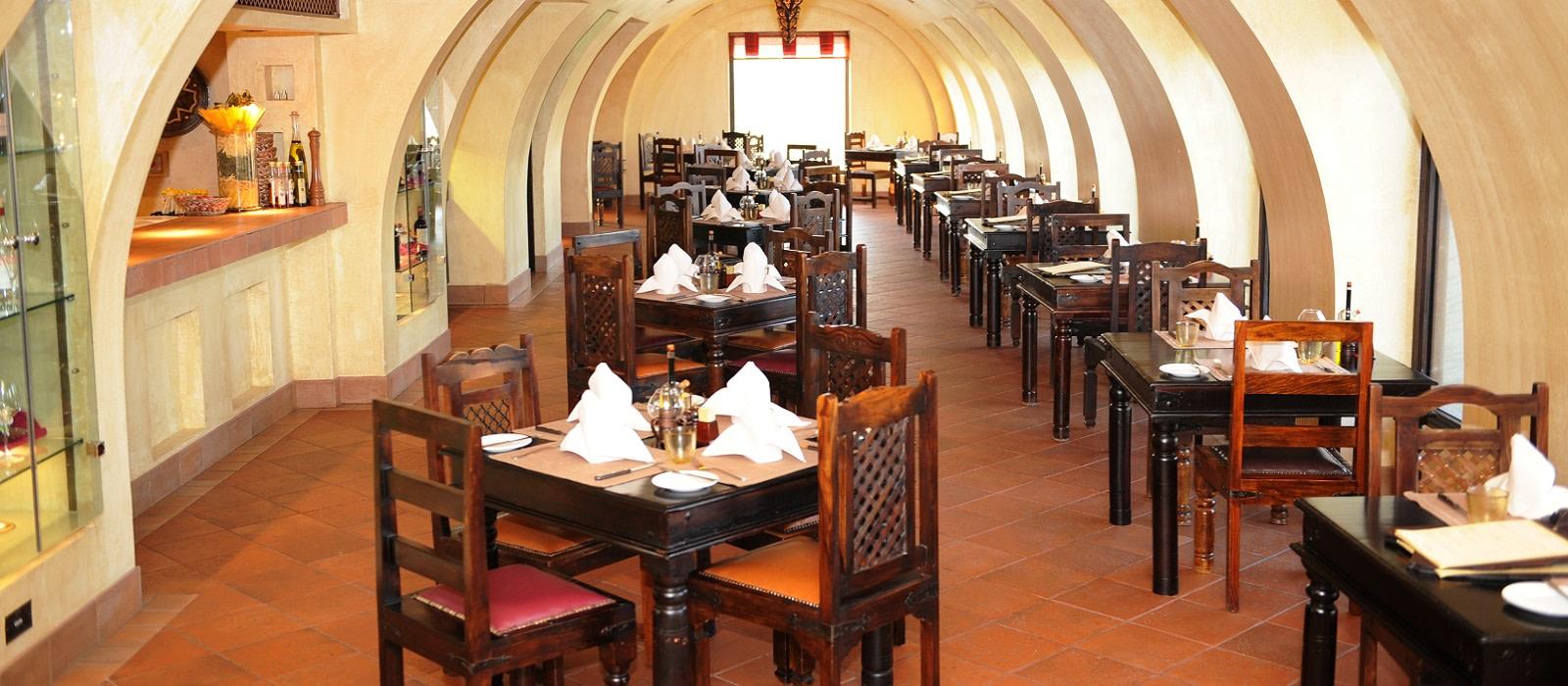 Hotel Bab Al Shams Desert Resort & Spa