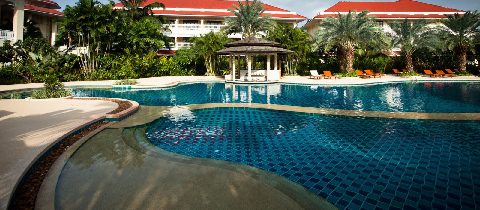 Hotel Dhevamantra Resort Thailand