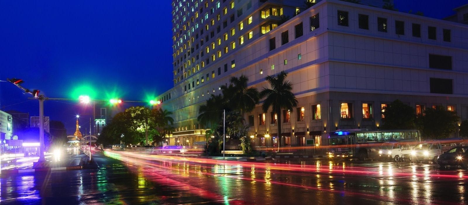 Hotel Sule Shangri La Myanmar