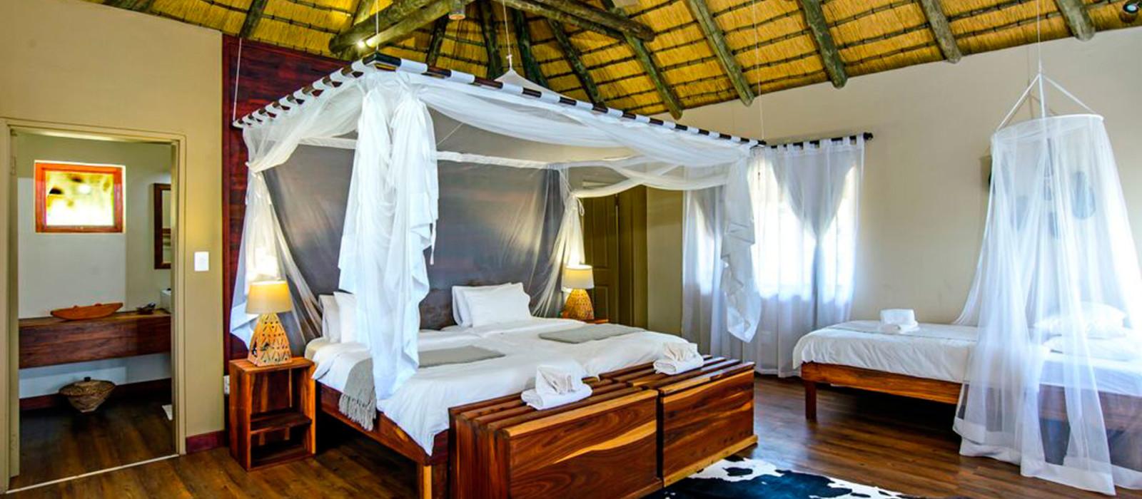 Hotel Hakusembe River Lodge Namibia