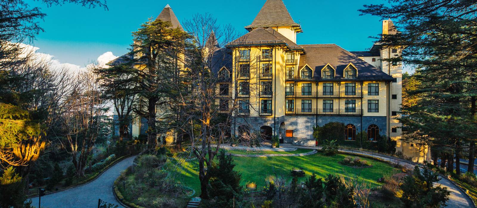 Hotel Wildflower Hall, An Oberoi Resort Himalaja
