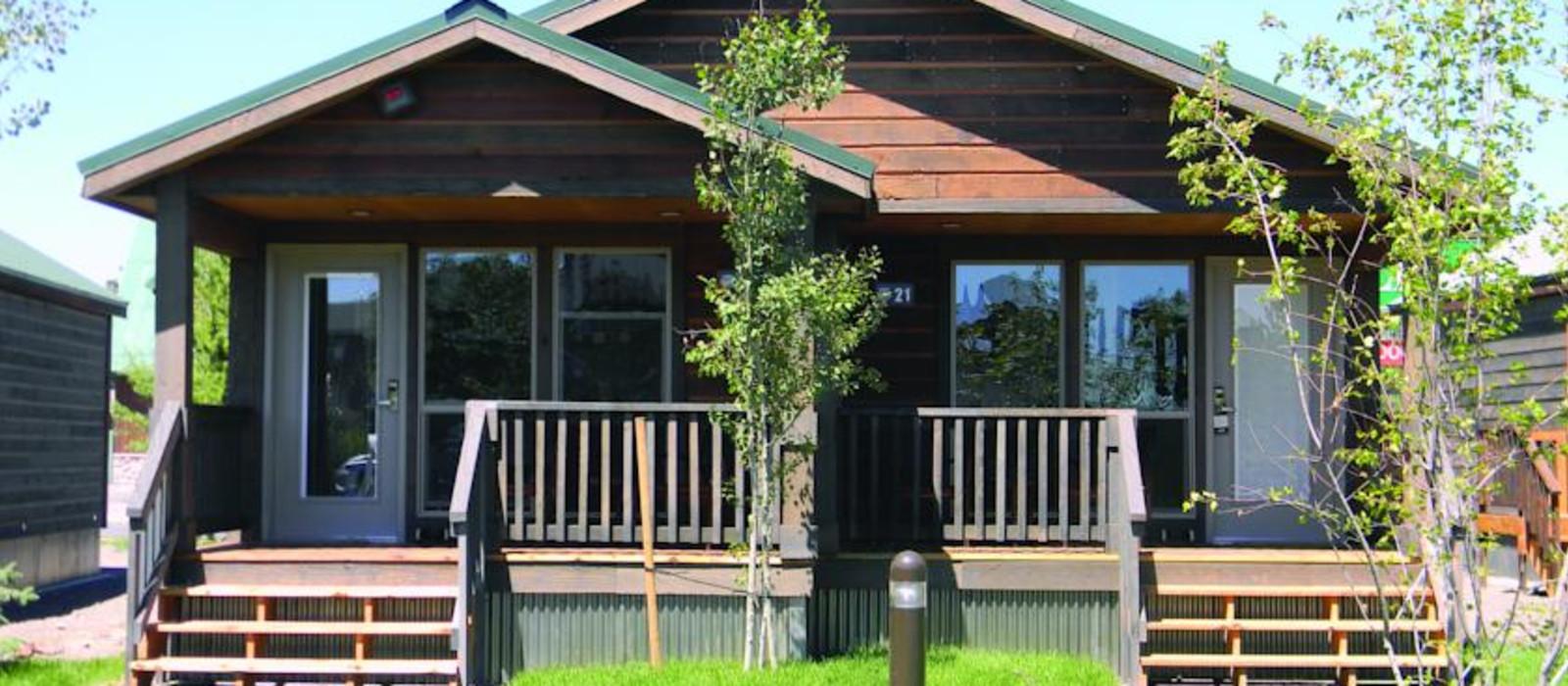 Hotel Explorer Cabins USA