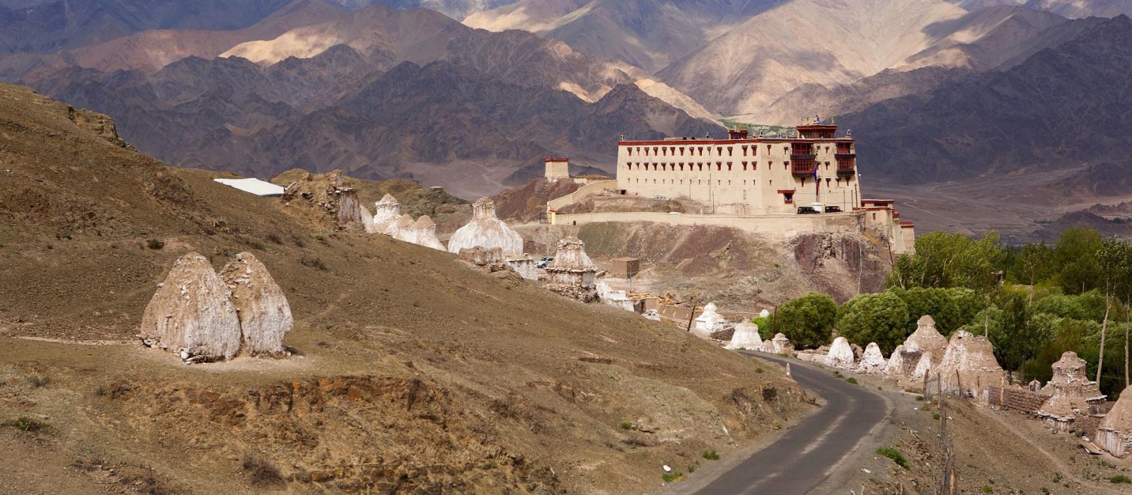 Hotel Ule Ethnic Resort Himalaja