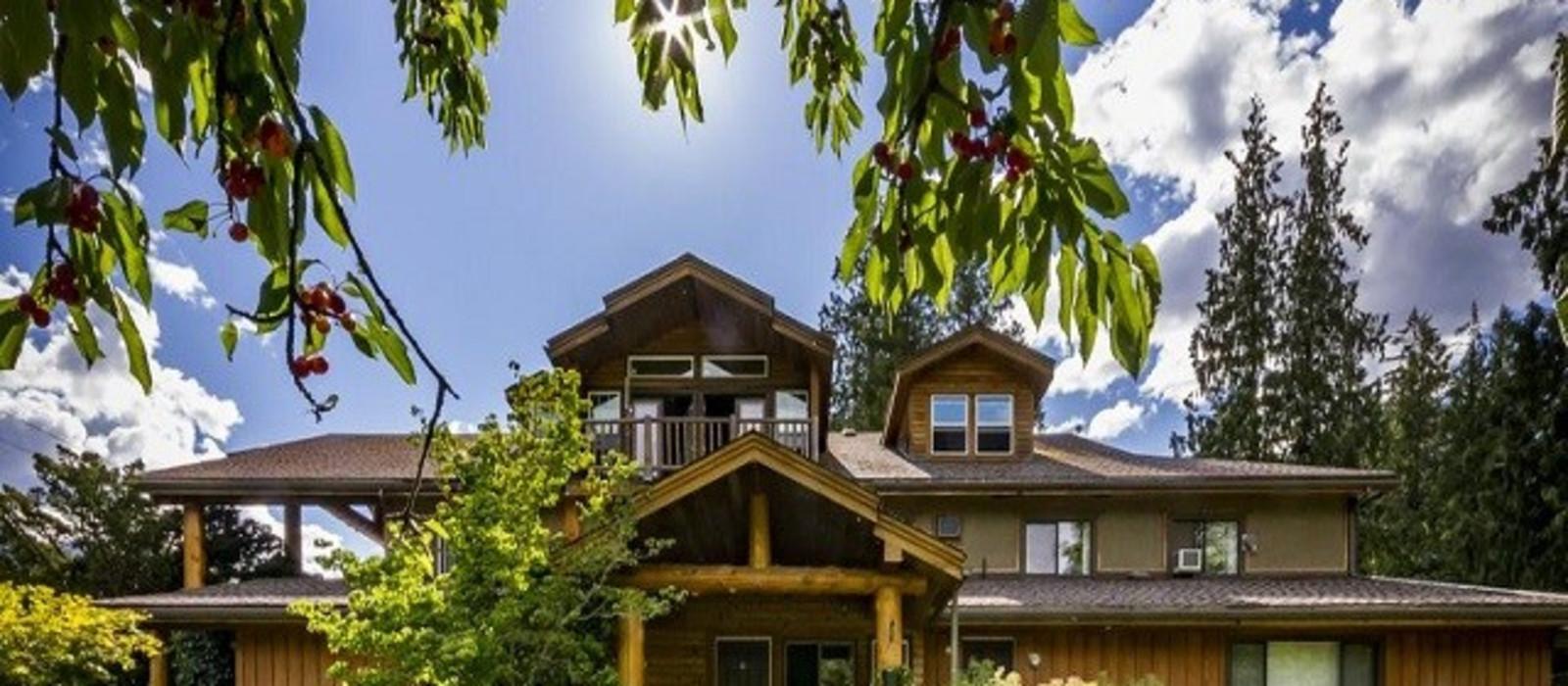 Hotel Bella Coola Mountain Lodge %region%