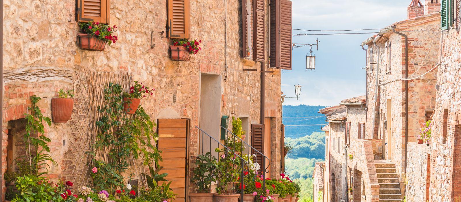 Destination Siena Italy