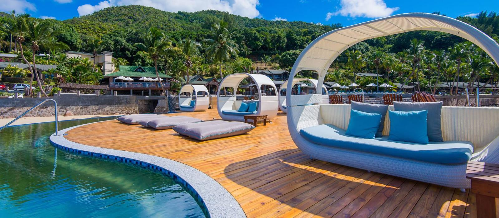 Hotel Coco de Mer  and Black Parrot Suites Seychelles