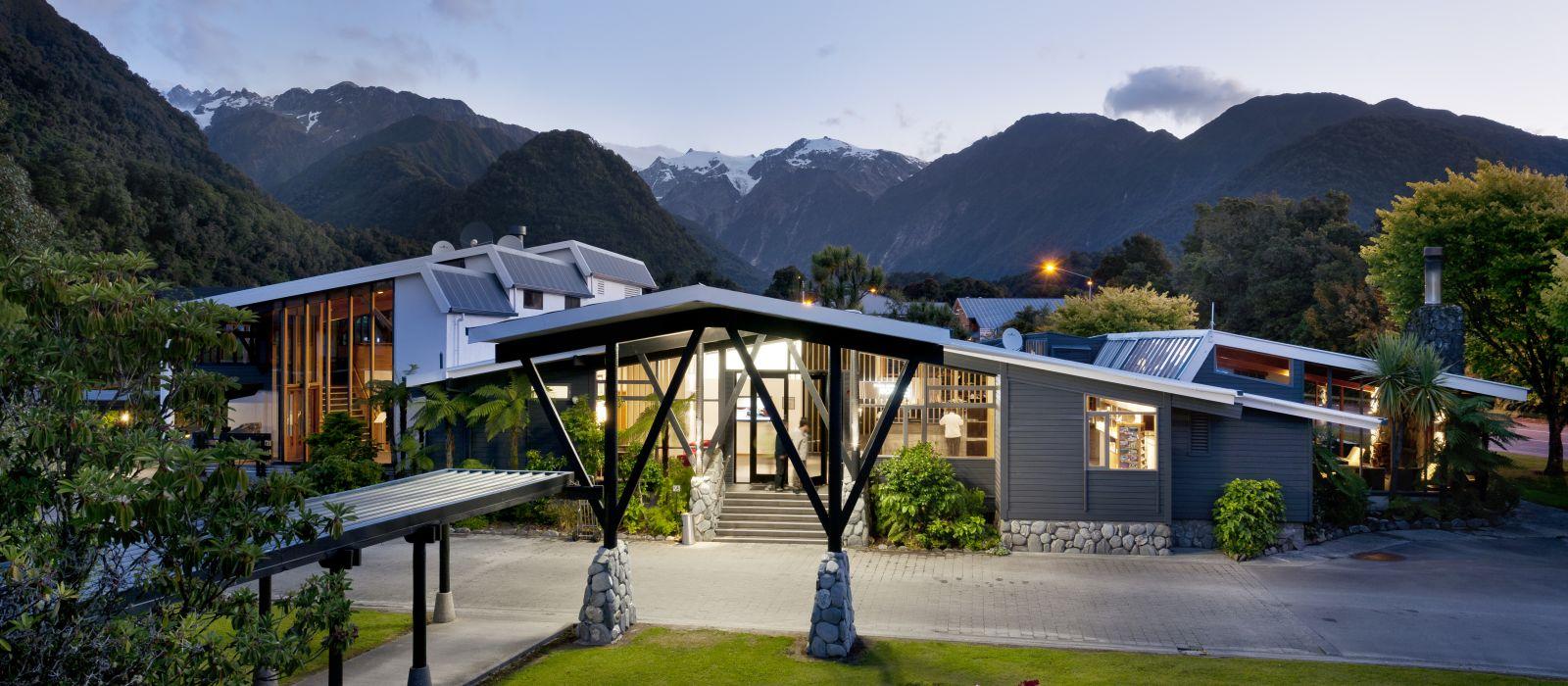 Hotel Scenic  Franz Josef Glacier New Zealand