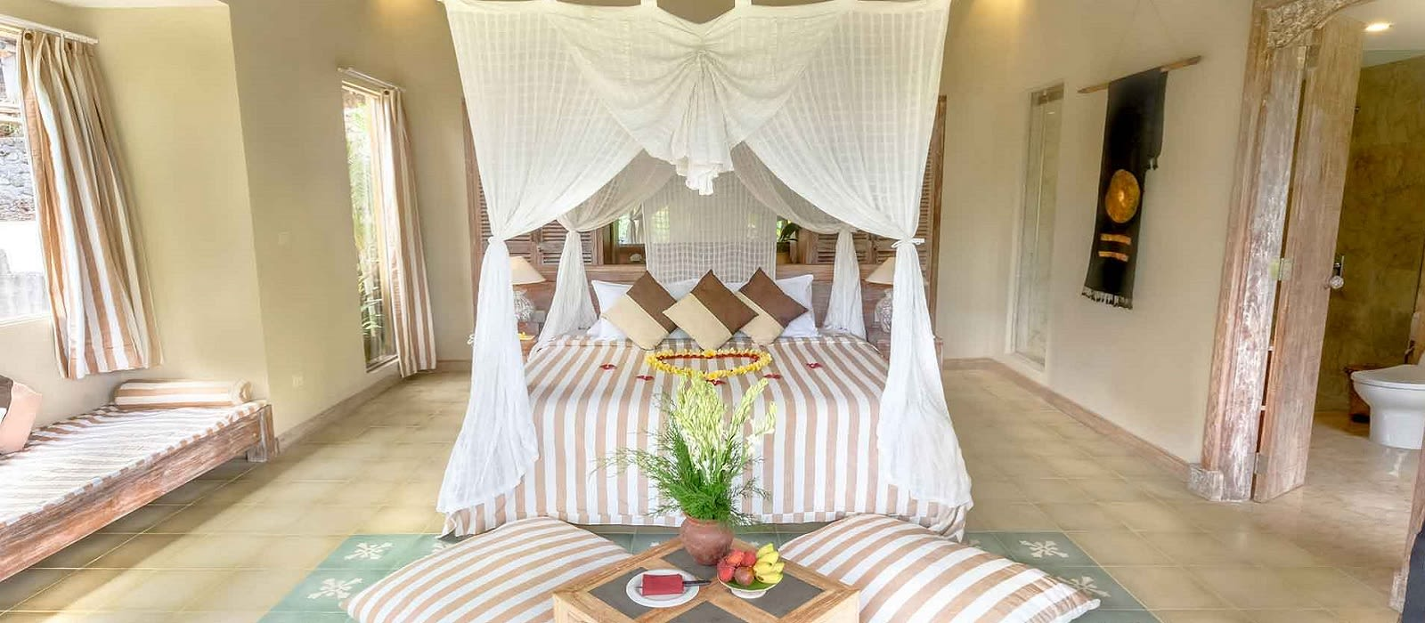 Hotel Wapa di Ume Sideman Indonesien