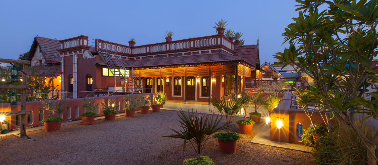 Hotel House of M G Central & West India