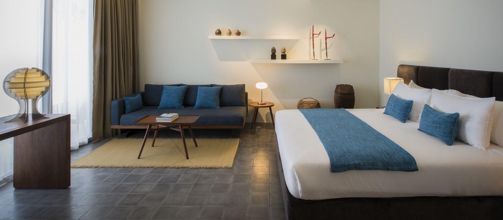Hotel Viroth's  Cambodia
