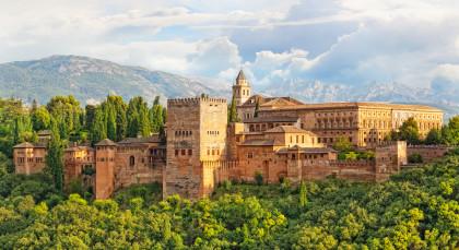 Destination Granada in Spain