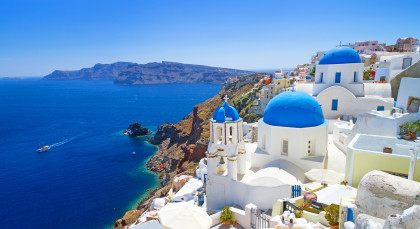 Destination Santorini in Greece