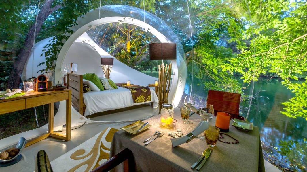Double bedroom suite at Bubble Lodge